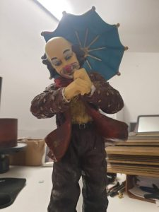 Large Gilde Clown Ornament Image